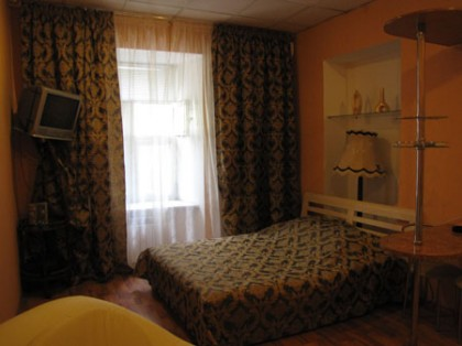 Apartment photo - Cola
