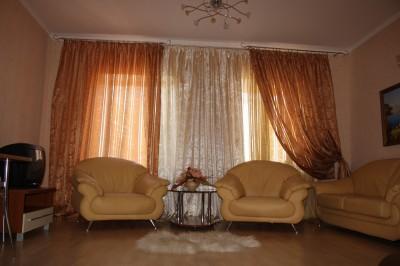 Квартира посуточно на Александровском проспекте.