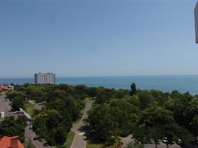 Вид с балкона квартиры в Аркадии на улице Литературная 12.